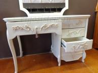 Белый классический итальянский туалетный стол с зеркалом массив березы с художественной резьбой