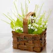Цветы из карамели Корзина с ландышами